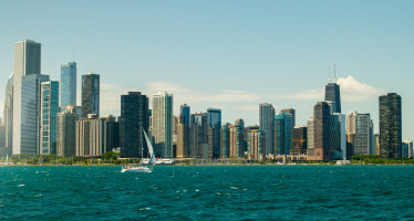 Take an executive jet to Chicago, IL