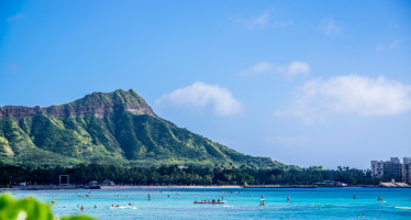 Private Jet Charter to Honolulu, Maui and Hawaii